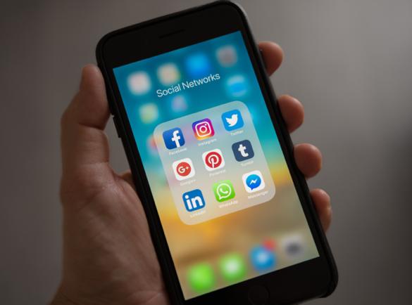 10 idées de campagnes Marketing pour le Cyber Monday | 3. Un peu de Concurrence