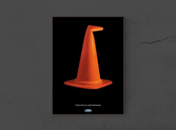 7 Publicités imprimées d'Halloween effrayantes | 6. Message de la sorcière